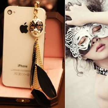 Fashion Retro Baroque Mask Facebook Feather Pendant Chain Anti-dust 3.5mm Universal Mobile Phone Earphone Dust Plug For Samsung