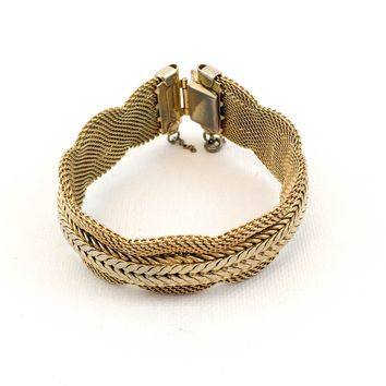 Vintage Bracelet - Ribbon Mesh Bracelet - Gold Tone - 1960s Jewelry- Gift for her - Gift for Mom - Gift for Girlfriend
