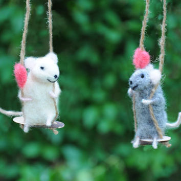 Needle Felted Animal  Felted mouse  Felted Art Doll White mouse  Cute figurine  dolls and miniatures waldorf doll Tiny mouse on the swing!