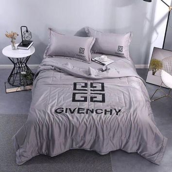 Comfortable Soft GIVENCHY Bedding Blanket Quilt Coverlet Pillow Shams 4 PC Bedding Sets Home Decor