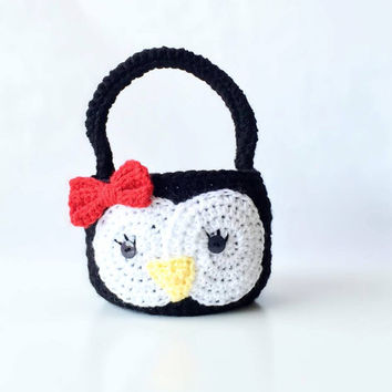 Crochet Penguin Easter Basket - Penguin Photo prop - Penguin Easter Bucket - Penguin photo prop - Photography Prop Penguin Easter Basket