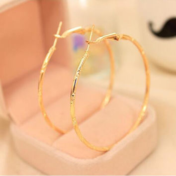 Fashion Big Circle Earrings Elegant Silver-plated Golden Plated Hoop Earrings for Women Jewelry
