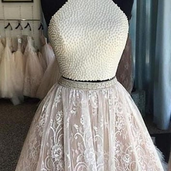2017 Lovely Halter Neck Mini Short Cocktail Dresses Two Pieces Pearls Lace  Party Dresses Robes De 49d9a2663dc2