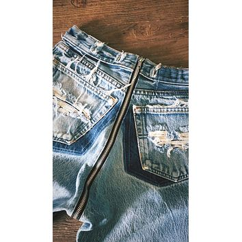 Vintage Zipper Back High Waisted Jeans