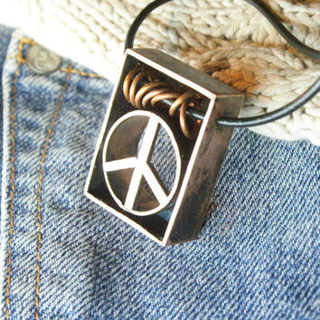 Unique peace symbol pendant. Copper jewelry, copper pendant, Peace, gift for women, boho style, The hippie movement, Hippie