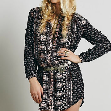 Printed Long-Sleeve Button Dress Shirt