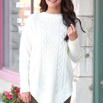 Cable Knit U-Hem Tunic Sweater {Ivory}