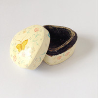 Heart Ring Box - Tiny Small Heart Shaped - Butterfly - Butter Yellow Blue Green Pink Flower Floral Jewelry Organizer - Pill Box