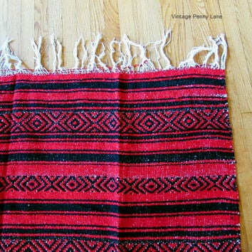 Red and Black Souvenir Mexican BeachThrow / Picnic Blanket