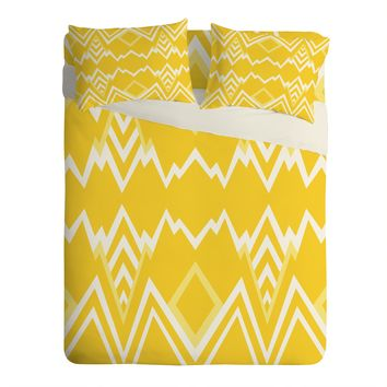 Elisabeth Fredriksson Wicked Valley Pattern Yellow Sheet Set Lightweight