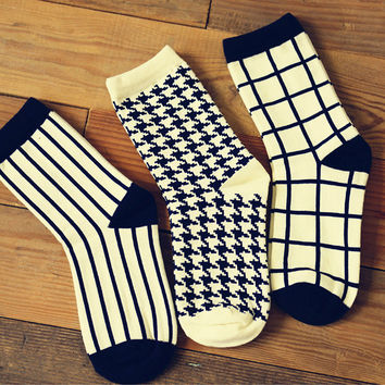 1 lot=3 Pair Caramella Cotton Women Crew Socks Houndstooth Plaid Striped pattern harajuku kawaii cute casual brand white black