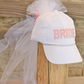 Bachelorette Bride to Be hat and veil-perfect for bachelorette party/bridal shower, Bride to Be Hat