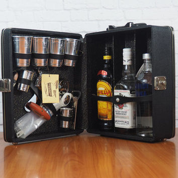 Vintage Portable Travel Bar Black Case / Original 1960s Trav-L-Bar by Ever-Wear with Key / Gift for Him