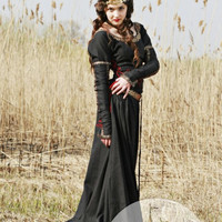 "Medieval Black Cotton Dress ""Lady Hunter"""