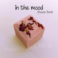 In the Mood Shower Bomb (Set of 5) | Plumeria | Rose | Crocus | Verbena | Ginger | Amber | Sandalwood | Romantic | Floral | Warm | Spicy
