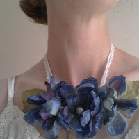 Pretty spring silk flower necklace by ColleensCreationsToo on Etsy