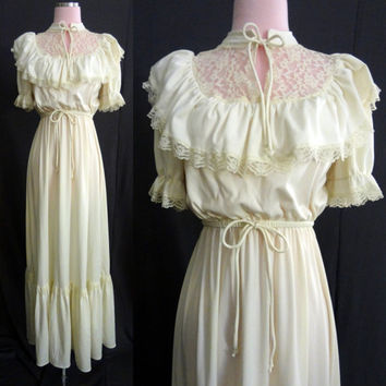 70s Ivory Rustic Boho Bride Vintage Wedding Dress -  Hippie, Festival, Country - Medium Large XL