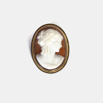 Vintage Victorian CAMEO / Antique Sterling Silver Carved Shell Lady Brooch Pin or Pendant