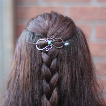 Celtic knot infinity hair pin or shawl pin in copper with turquoise stones - Hair pin - Hair barrette - Hair slide - Shawl pin - HP007