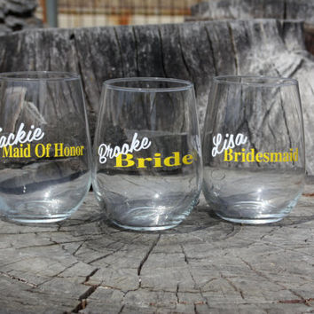 9 Personalized Bridal Stemless Wine Glasses. Great for bachelorette and wedding parties. Custom Bridal Wine glasses.