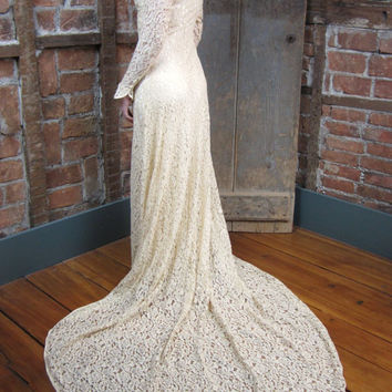 1930's Lace Wedding Gown Dress Bias cut Button Front Lace Head to TOE Old Hollywood 435