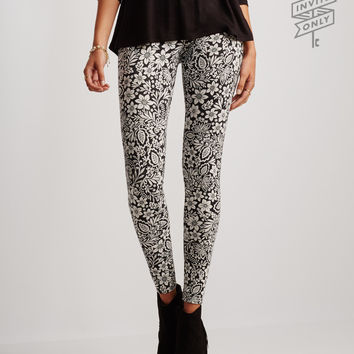 Invite Only Floral Leggings