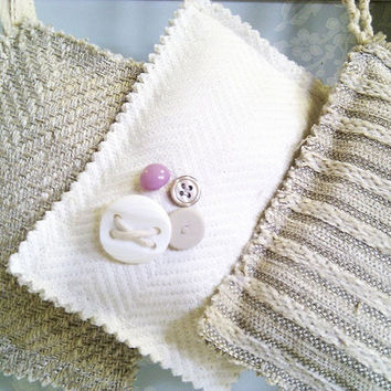lavender sachet bag for drawers linen or hanging clothes by Ayliss