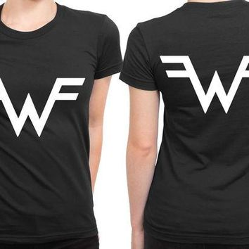 ONETOW Weezer Logo Classic 2 Sided Womens T Shirt