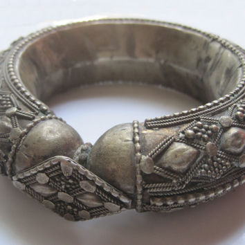 Vintage Bedouin Yemeni Bangle With Repousse Work