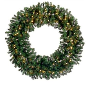 6' Pre-Lit Deluxe Windsor Pine Artificial Christmas Wreath - Clear Lights