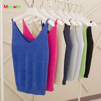 2017 Sexy Knitted ladies Women Tank Top Gold Thread Top Vest Sequined V Neck Blusa Solid Silver Camis Fitness Sweater blusa