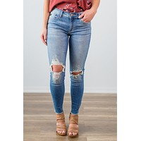 Kan Can Distressed Knee Jeans