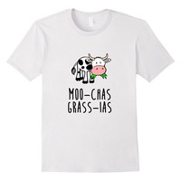 Cow learning Spanish - Funny Cartoon Thank You T-Shirt