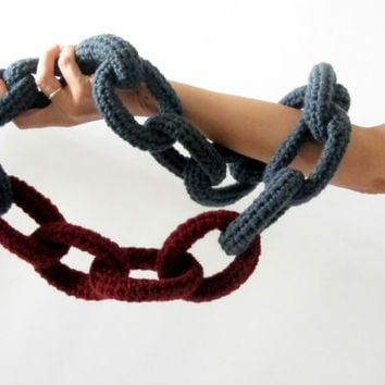 Alcatraz, crochet chain necklace - neckwarmer in titanium grey and burgundy.