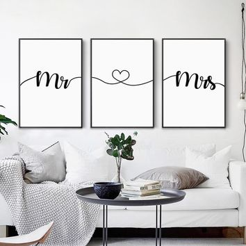 Canvas Painting Mr Love Mrs Quotes Heart Sign Romantic Poster Gift For Lover Wall Art Pictures For Living Room Home Decoration