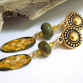 Clip on Earrings for Women, Green Earrings, Gold Drop Earrings, Flower Earrings, Perfect Gift for Mom, Handcrafted Jewelry, Boho Earrings