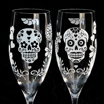 Day of the Dead Wedding Toasting Flutes, Sugar Skull Wedding Decor