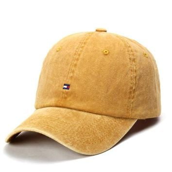 2018 New Embroidery Pattern Denim Baseball Cap