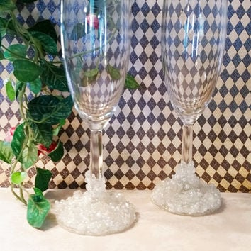 Wedding Champagne Flutes, Decorated Champagne Flutes, Bride and Groom Champagne Glasses, Beaded Glasses, Wedding Glasses, Champagne Glasses