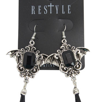Dark Beauty Della Morte Gothic Vampire Bat Black Stone Earrings