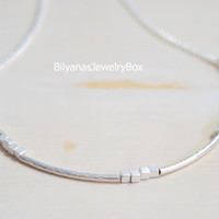 Silver Curved Bar Necklace Silver Cube Necklace Cube Bar Necklace Dainty Necklace Minimal Jewelry Everyday Jewelry Modern Necklace