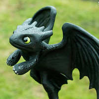 "Night Fury ""Toothless"" Sculpture"