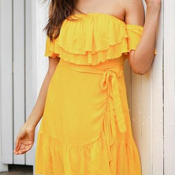 Yellow Cascading Ruffle Off Shoulder Pleated Sashes Backless Fashion Homecoming Party Mini Dress