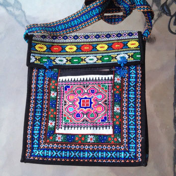 Tribal Boho Crossbody Bag, Ethnic Embroidery Bag, Colorful Folk Ethnic Tapestry Bag, South American Bag, Boho Purse, Boho Hipster Bag