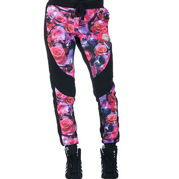 ROSE PRINT FLEECE JOGGER PANT - Black - ESSENTIALS