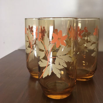 Vintage 1970s Set of Three (3) Amber Glass Tumblers with Cream Leaves and Pink Flowers Print / Retro Amber Drinking Glasses