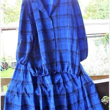 Vintage 1970s Mandalay Jacket n Skirt Set/Classic A Line Circular Skirt/Button Down Top-Jacket/Sapphire Blue n Black Plaid Design/Polyester