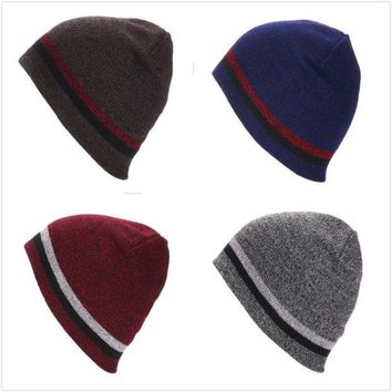 VLX2WL Ladies Knit Stripes Skiing Winter Outdoors Hats [8895140871]