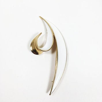 Crown Trifari White Enamel Leaf Brooch Gold Tone Setting Mid Century Vintage 1950s 1960s