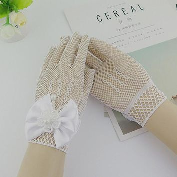 Kids Gift White Elastic Mesh Cloth Girls Party Formal Etiquette Gloves Pearl Short Lace Bow Children Princess Dance Gloves G81